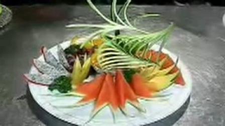【学做水果拼盘】水果拼盘的做法 志强水果拼盘