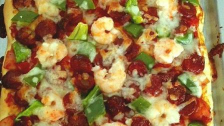 小鲁教你做西餐之虾仁香肠披萨的制作方法, 多种混合美味, 挑战你的味蕾!