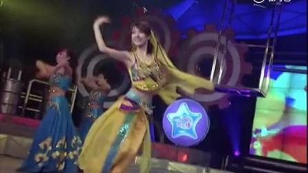 吴昕11年前参加《闪亮新主播》, , 总决赛上凭新疆舞获亚军