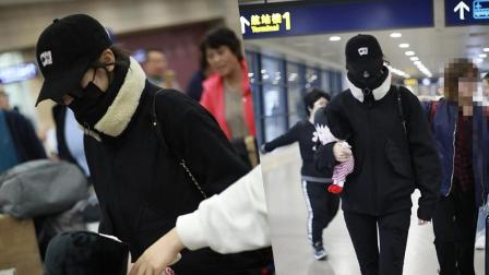 好眼力 迪丽热巴口罩帽子墨镜全副武装仍被认出