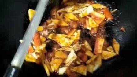 陕西大爷又来了, 带大家做卤蛋、烩面片和南瓜包子, 话少菜好易学