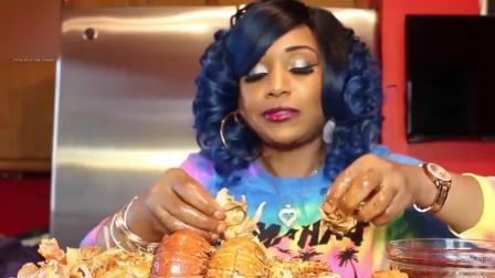 非洲美女大口吃龙虾帝王蟹, 沾那多么酱看完胃口都没了