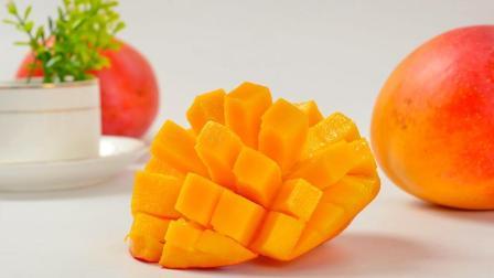 喜欢吃芒果的人现在有好了, 原来芒果去核这么简单, 轻松不脏手