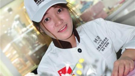 刘清翻糖蛋糕高层培训作品, 意味着背后的坚持劳作与反复练习。