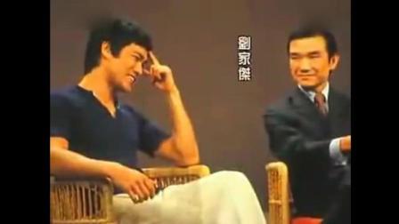 李小龙珍贵影像资料, 看看他的寸拳和侧踹到底有多厉害!