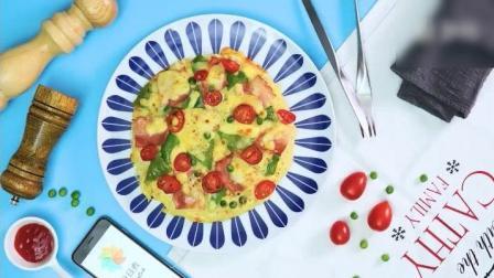《米饭披萨》香浓的芝士搭配培根跟辣椒, 颜值跟口味都要破表啦!