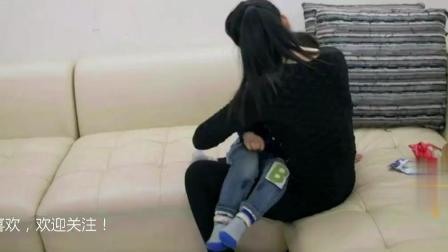 《超级育儿师》: 三岁男孩爱哭闹, 母亲竟抱怀中喂母乳!