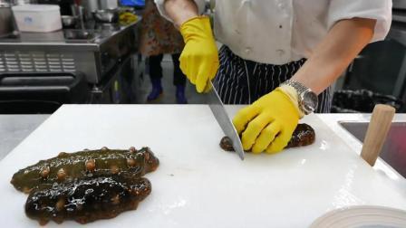 韩国海鲜市场, 买上鲜活的海参, 直接做成刺身, 看着就好吃