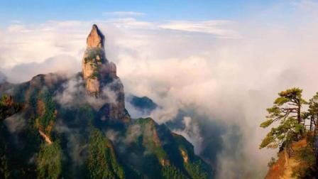 中国发现世界最大的天然佛像, 高达900米, 逼真程度令人称奇!