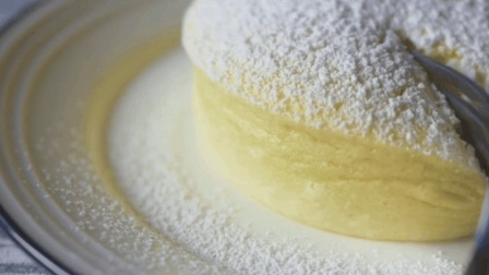 花5块钱买罐酸奶就能做出的每位慕斯小蛋糕, 2分钟学会
