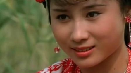 李连杰55岁前妻黄秋燕近照, 曾生活潦倒