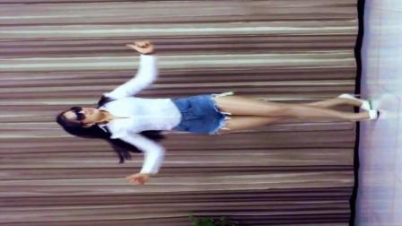 青青世界广场舞 《曳舞57步》