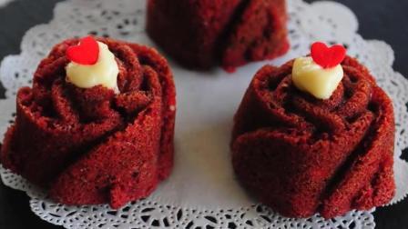红丝绒玫瑰杯子蛋糕