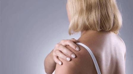 肩胛骨疼的厉害, 肩膀一点都不敢动, 一个穴位就能可解决疼痛