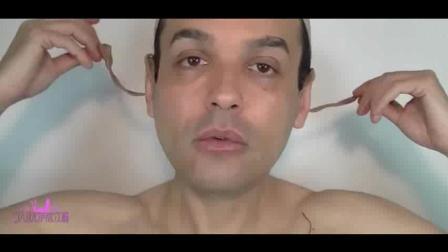 这才是真正的男扮女装, 化妆技术真是666!