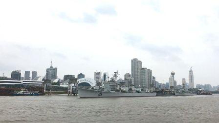 轮渡长江中游 感受江水气势如虹 982