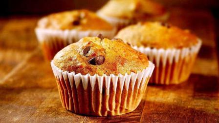 香蕉巧克力小蛋糕, 给胃暖和美味的惊喜吧。