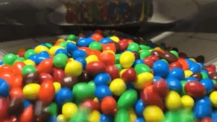 90秒揭秘M&M's巧克力豆的生产全过程