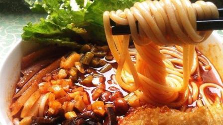 舌尖上的中国: 柳州家乡的味道, 正宗螺蛳粉! 更是对生活的一种寄托
