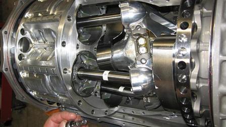 鱼雷专供的发动机换到汽车上会怎样, 网友: 开出去有鱼雷的速度?