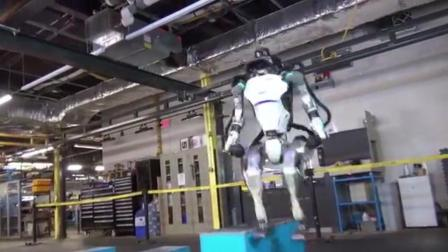 后空翻 全球最牛机器人再添新技能