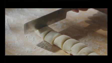 想吃手抓饼不用出去买了, 做法和配方都告诉你, 跟地铁口的味道没差