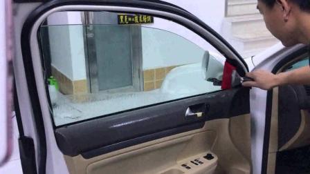 车窗贴玻璃膜教程 黑克膜业