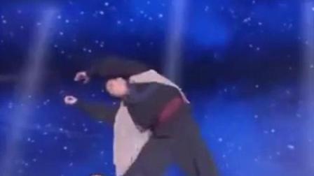 中国功夫, 醉拳100秒的精彩表演, 台下都沸腾了!