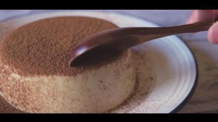 教你用酸奶搅一搅就能做的蛋糕, 不用烤箱, 不用面粉, 一学就会