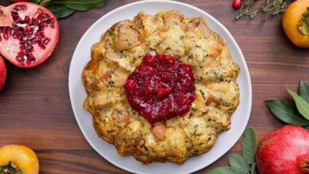 诱人的蔓越莓酱黄油面包圈