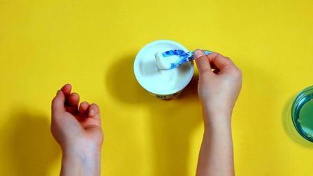 酸奶没了勺子怎么喝? 除了去找吸管, 还可以用这个办法哟