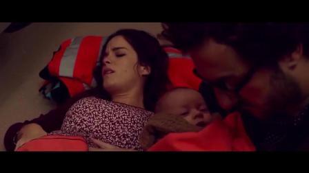 孕婦火車上生雙胞胎 老公親自接生最后蒙了