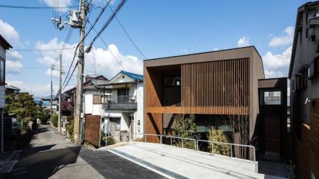 日本人口密度是中国的3倍, 为什么日本人还能住独栋别墅?