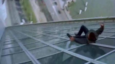 成龙最危险的6个镜头, 真是拿命在拍戏, 难怪被国内保险公司拉黑!