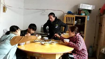 江西省景德镇市珠山区周路口街道特产美食吃饭视频