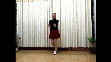 實拍鄉村小媳婦家中跳廣場舞負心的你舞步與歌曲的結合太贊了