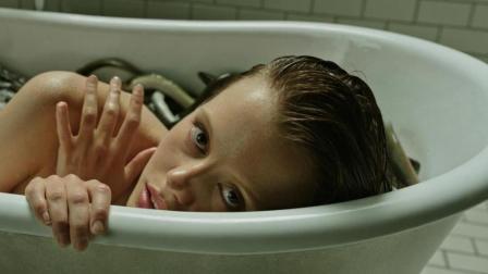 一部无法超越的经典恐怖片, 这种恐怖生物竟让少女活了100岁!