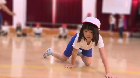 在中国的日本小学生们必须进行高强度的体能训练? 46