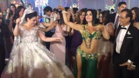 ALLA 在土豪婚礼上跳肚皮舞, 超强气场现场爆了不服不行