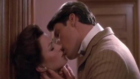 九十岁女人和男青年的爱情故事, 有滋有味的恋情打动所有人