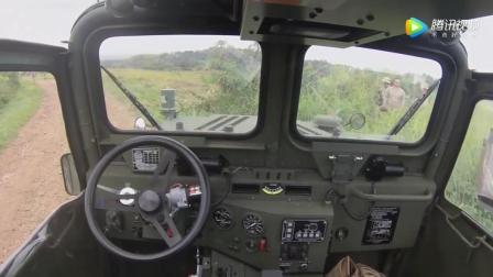 """实拍: 军事测试版的""""谷歌汽车""""无人驾驶"""