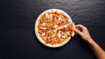 尝试速冻披萨🍕(新西兰 Harold Vlog 297)