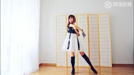 漂亮小姐姐短裙舞蹈, 桃源恋歌!