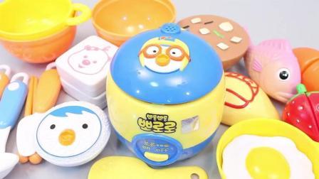 小企鹅波鲁鲁厨房炒菜做饭亲子过家家儿童益智玩具故事