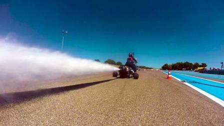 世界速度最快的三轮车, 起步超法拉利, 场景美爆了!