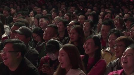 岳云鹏孙越爆笑相声《卖菜记》一句一个笑点, 台下笑翻一片!
