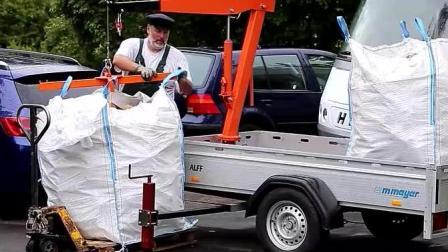 国外的一名工人花500元制造的手动起重机, 简单易操作, 太厉害了!
