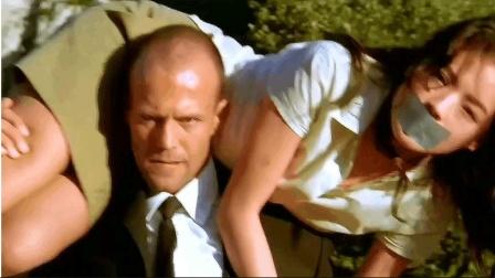 速看杰森斯坦森最经典的动作电影《非常人贩》