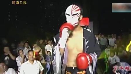 死神方便生涯最强一拳! 将日本人打出场外, 掉裁判席直接挺尸!