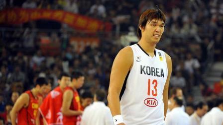 """韩国男篮""""姚明""""河升镇 进去想怎么玩就怎么玩 双手遮天"""